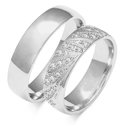 1 Paar Trauringe Gold 333 oder 585 - Poliert/gemustert mit Diamanten